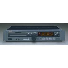CD плеер Tascam CD-RW2000