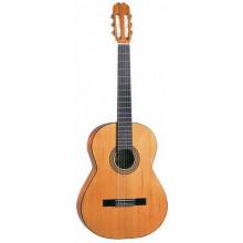 Классическая гитара с пьезозвукоснимателем Admira Malaga E