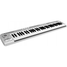 MIDI-клавиатура Behringer UMX61