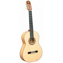 Классическая гитара Admira Duende