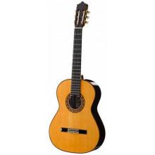 Классическая гитара Ramirez 1NE