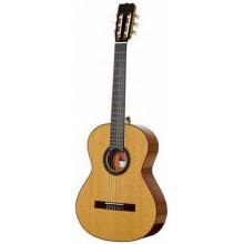 Классическая гитара Ramirez Del Vino