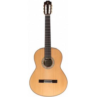 Классическая гитара Admira A10