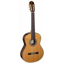 Классическая гитара Admira A18